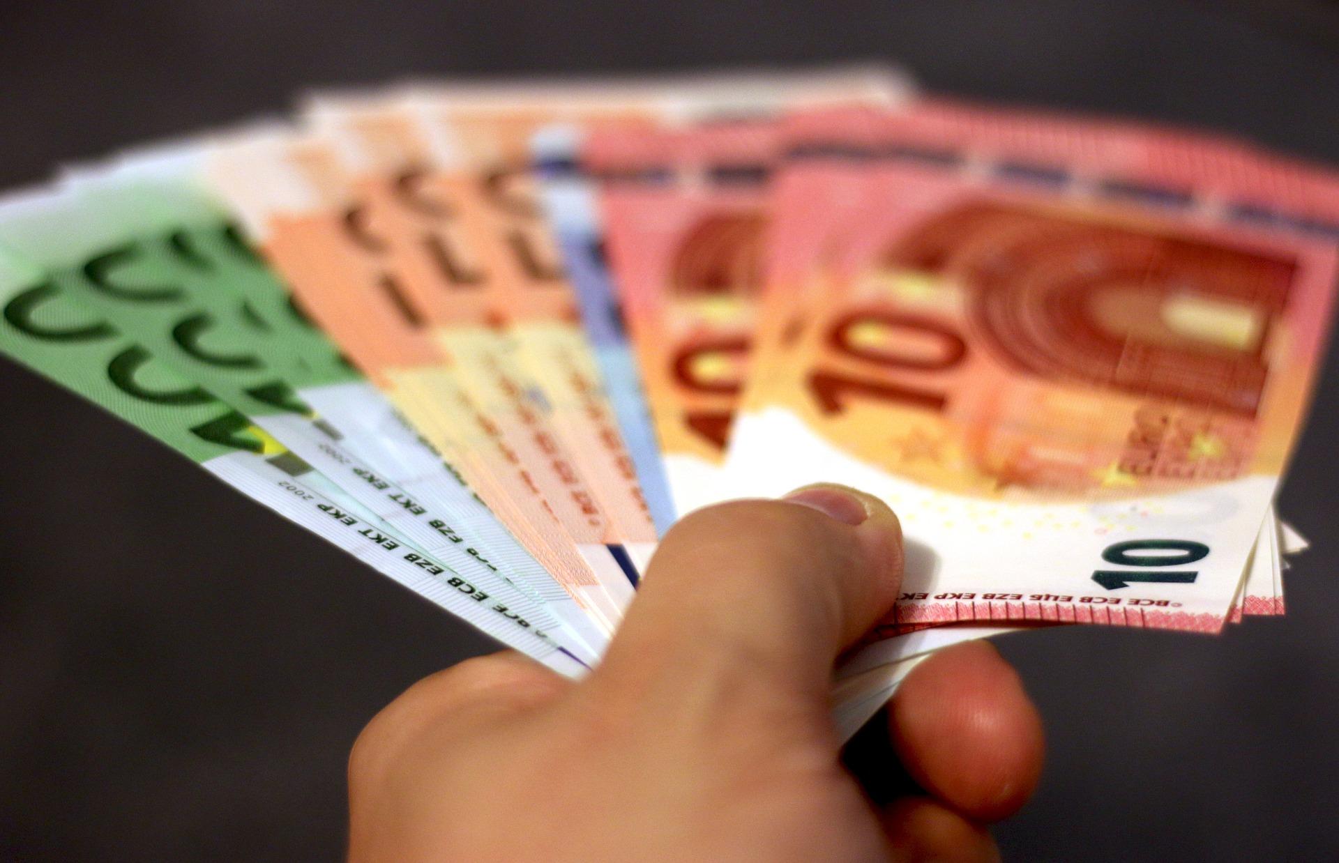 Потребителски кредит - кога, защо и колко?