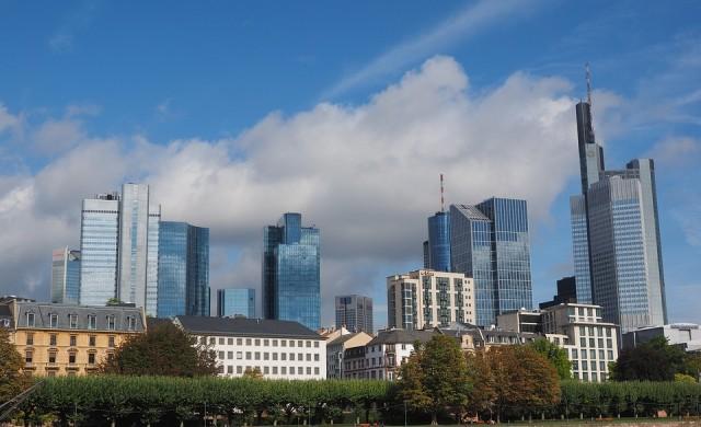 Ще се слеят ли двете най-големи германски банки?
