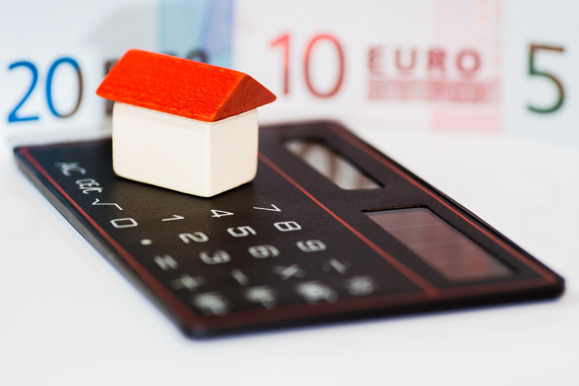 Нови рекордно ниски лихви по кредитите у нас