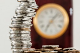 Лихвите по потребителските кредити падат през юни, ипотечните с лек ръст