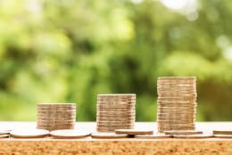 Кредитирането забавя темповете на растеж през ноември